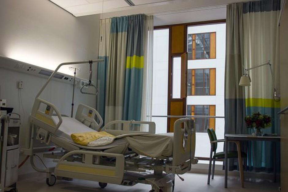 Pomieszczenia szpitalne bez wiążących wymogów. Opinia sanepidu wystarczy
