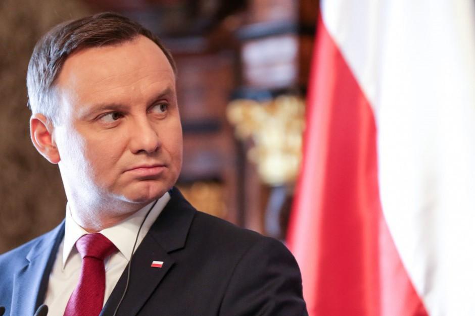 """Prezydent uczestniczył w warszawskim festynie rodzinnym """"Vivat Maj, 3 Maj"""""""