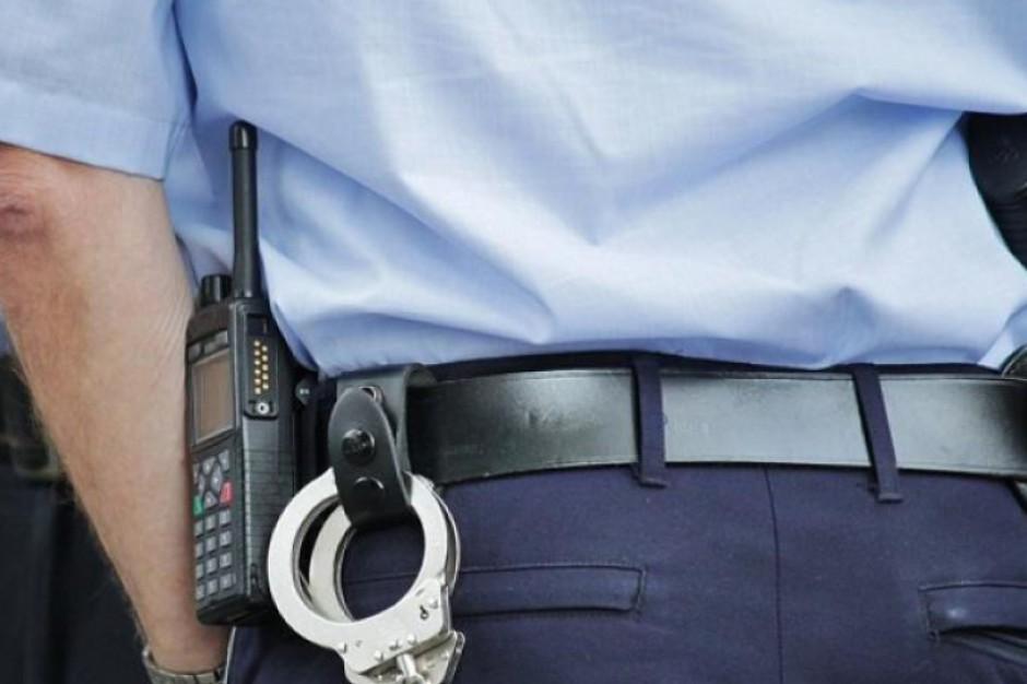 Dodatkowe patrole policji na ulicach Warszawy