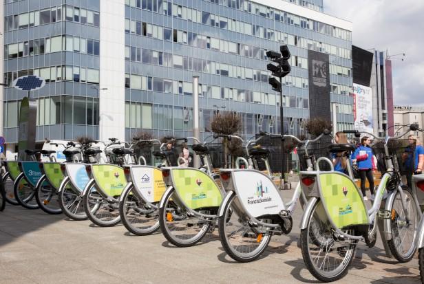 Pierwsze duże miasto w Europie rezygnuje z aut. W Polsce to science fiction