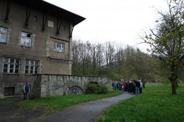 Jeden z trzech budynków Stanicy (fot.stanicakaminskiego.pl)
