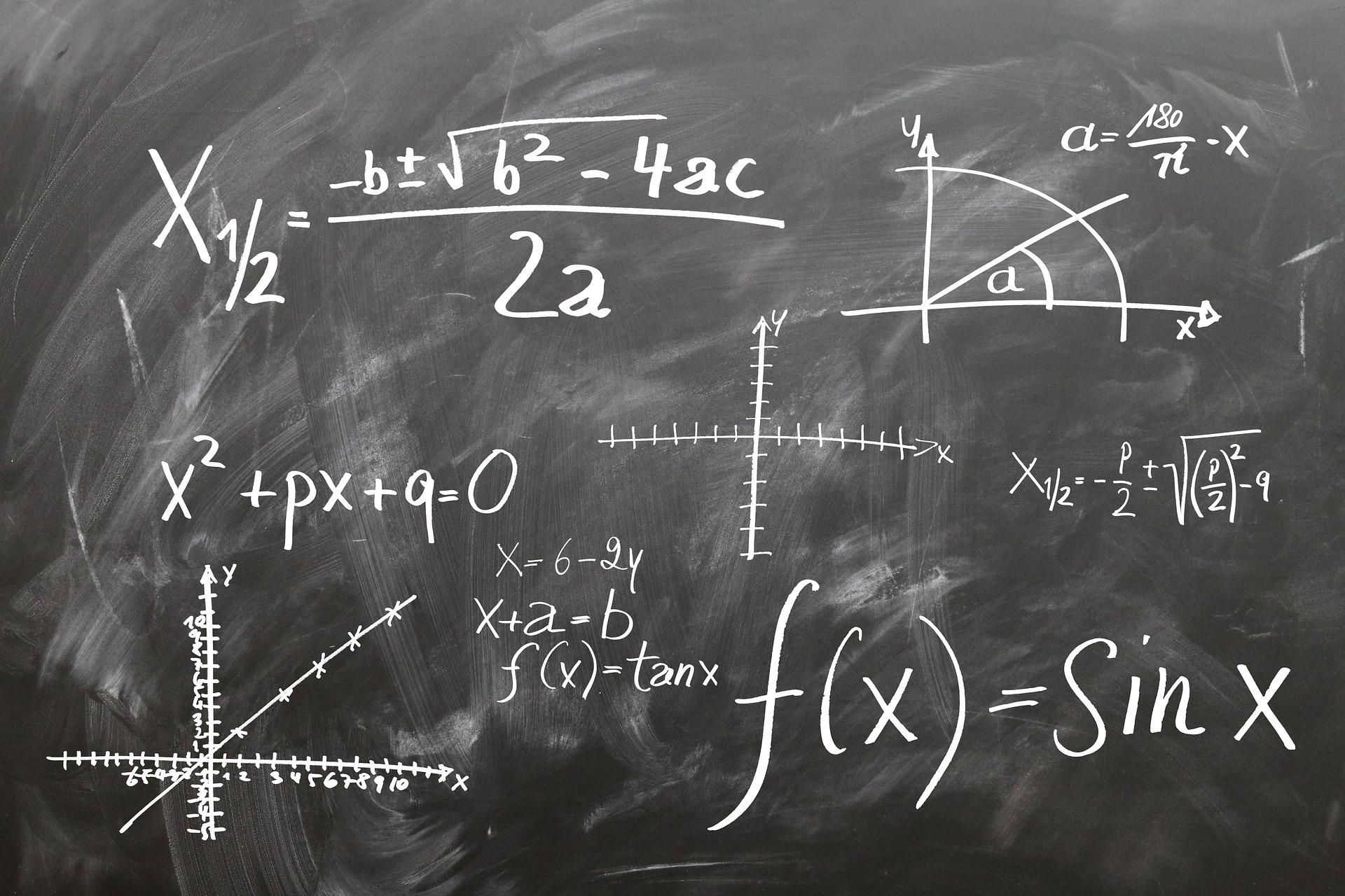 Chęć zdawania matematyki na poziomie rozszerzonym zadeklarowało 72,4 tys. tegorocznych absolwentów liceów ogólnokształcących i techników, czyli ponad 25 proc. (fot.pixabay.com)