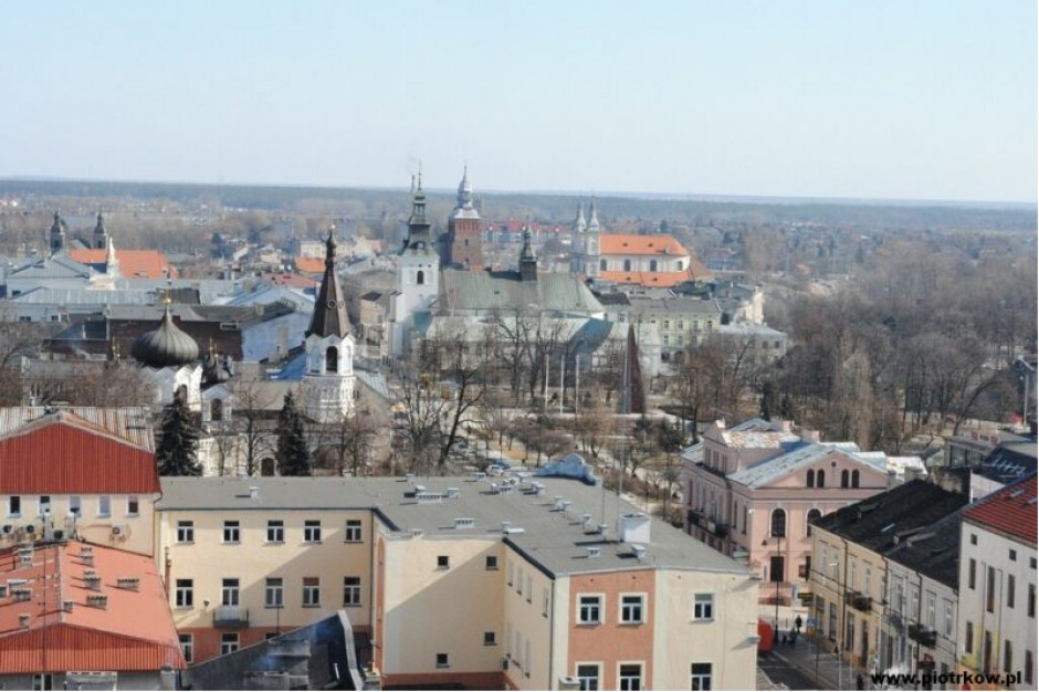 Piotrków Trybunalski: Pomoc repatriantom - państwo wyremontuje mieszkania, miasto opłaci rachunki