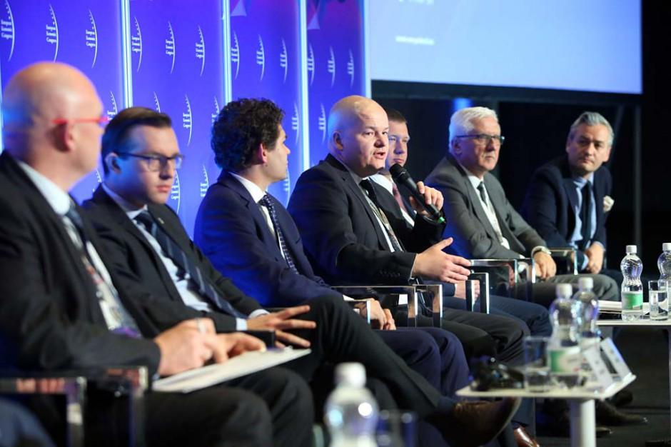Europejski Kongres Gospodarczy, Absolutorium radnych to fasadowa instytucja