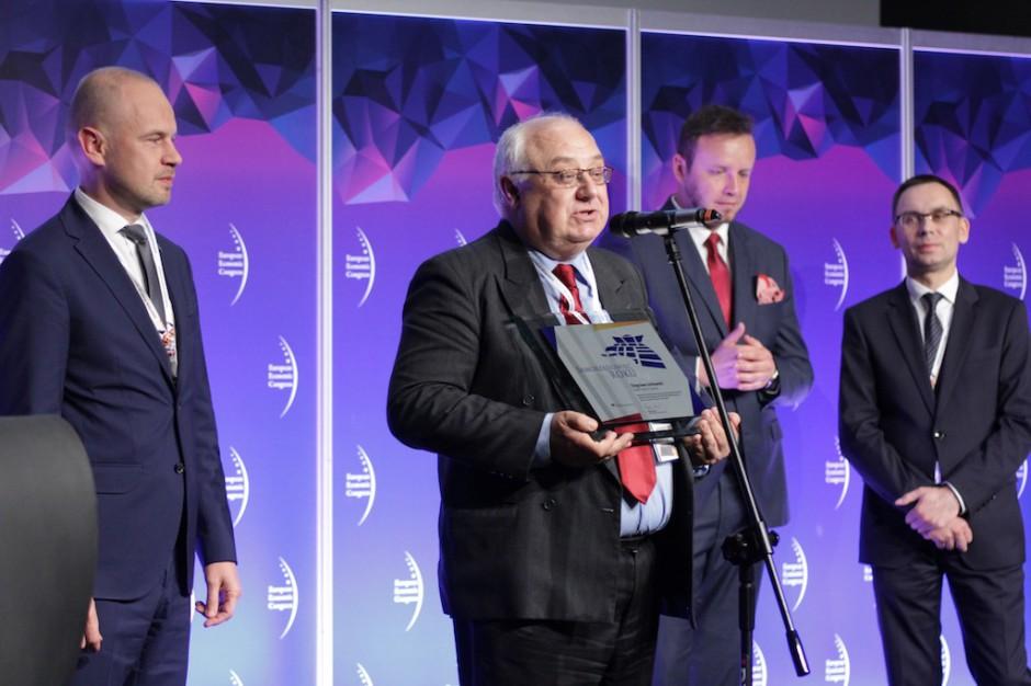 EEC: Samorządowcy roku 2016 z nagrodami