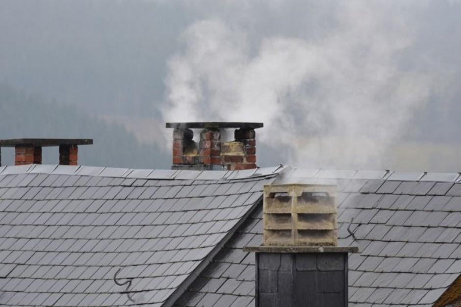 Małopolska, smog: Samorząd województwa apeluje do handlujących kotłami