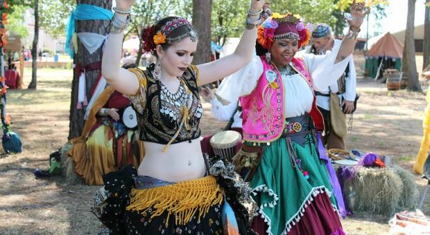 Tancerki cygańskie, źródło: pixabay.com