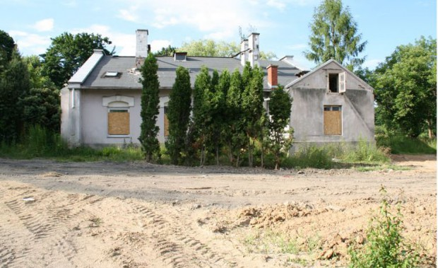 Konstancin-Jeziorna: Kontrowersyjna nieruchomość będzie służyć turystom?