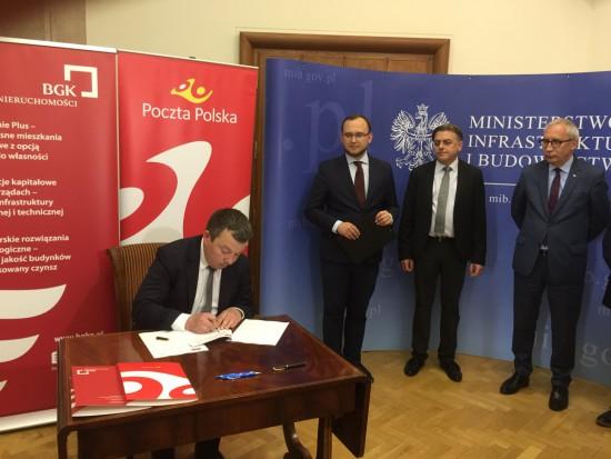 Poczta Polska oddaje grunty pod Mieszkanie Plus