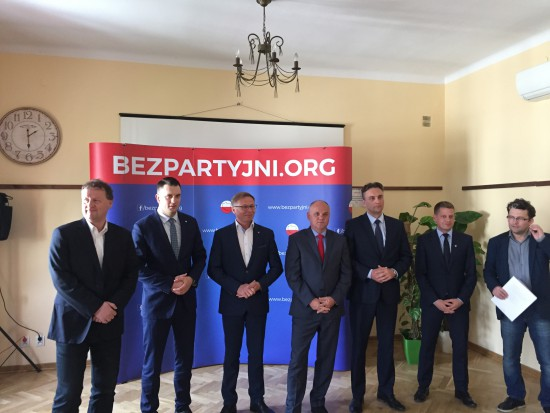 Chcą rewolucji w Kodeksie wyborczym. Partyjni kandydaci nie przejdą?