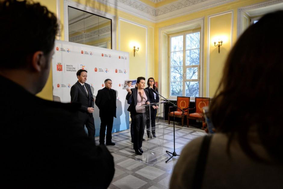 Hanna Gronkiewicz-Waltz nie zgadza się na manifestację pod Teatrem Powszechnym