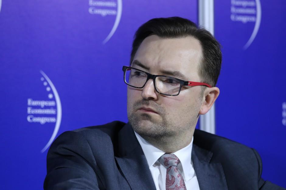 Sławomir Mazurek: Bez nowelizacji ustaw o porządku i czystości w gminach i o odpadach się nie obejdzie