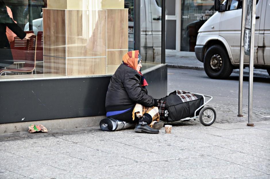 Łódź liczy bezdomnych. To badanie wykonywane co dwa lata