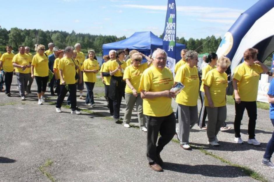 Niecodzienna olimpiada w Łazach. Seniorzy na start