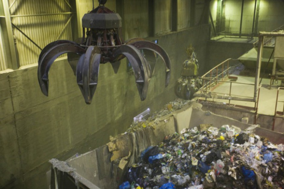 Powstanie hala mająca eliminować odór przy przetwarzaniu śmieci