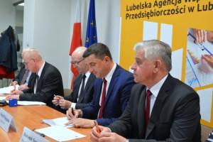 Lubelskie: Ponad 4 tys. miejsc pracy dzięki funduszom unijnym