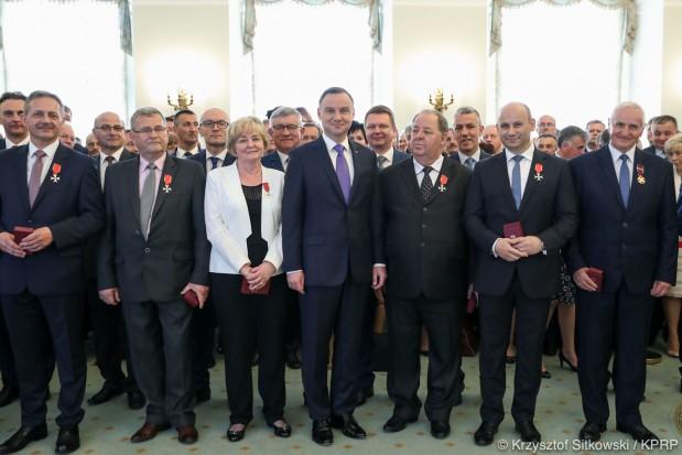Andrzej Duda wyróżnił 43 przedstawicieli JST (fot. prezydent.pl/Krzysztof Sitkowski)