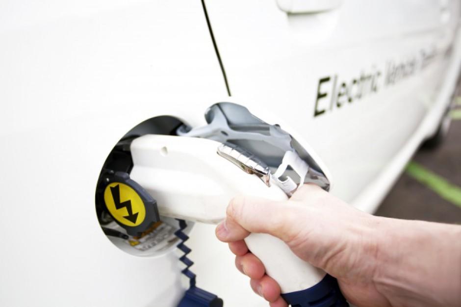 100 projektów w konkursie na polski samochód elektryczny