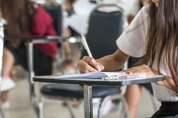 Dodatkowe egzaminy maturalne i gimnazjalne: Ile osób przystąpi do matury w czerwcu?