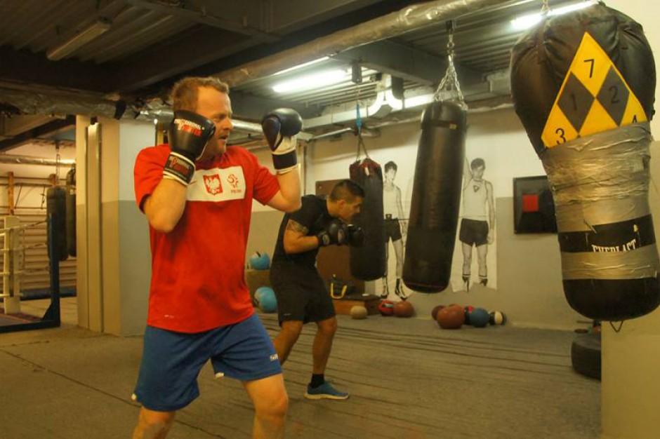 Prezydent Arkadiusz Chęciński wystartuje w bokserskiej gali