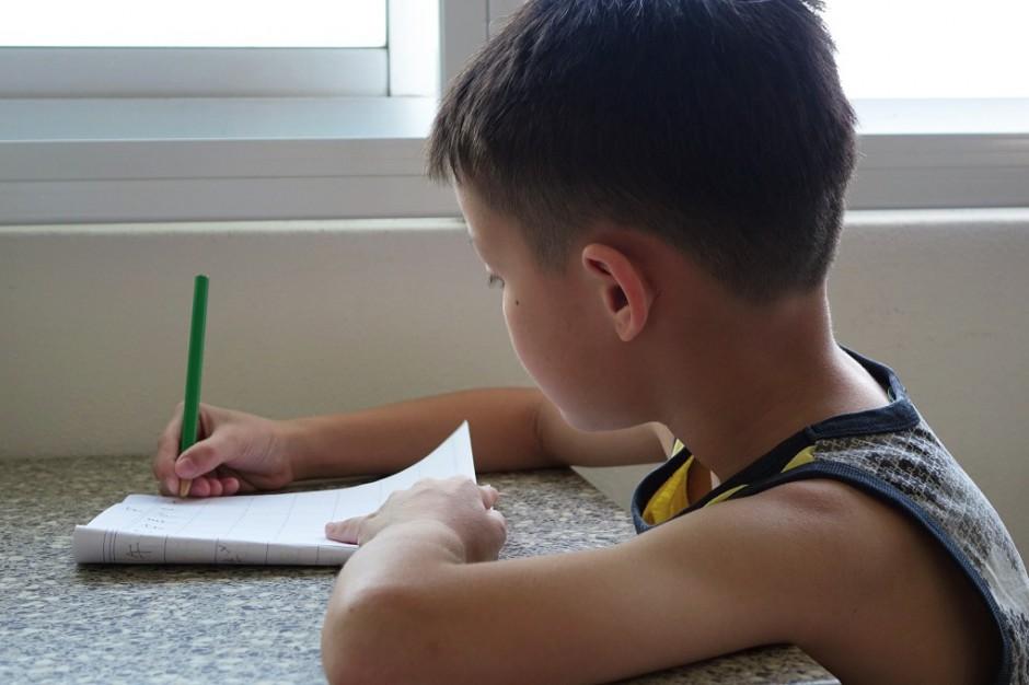 MEN: Ocena zadań domowe jedną z form sprawdzania osiągnięć ucznia