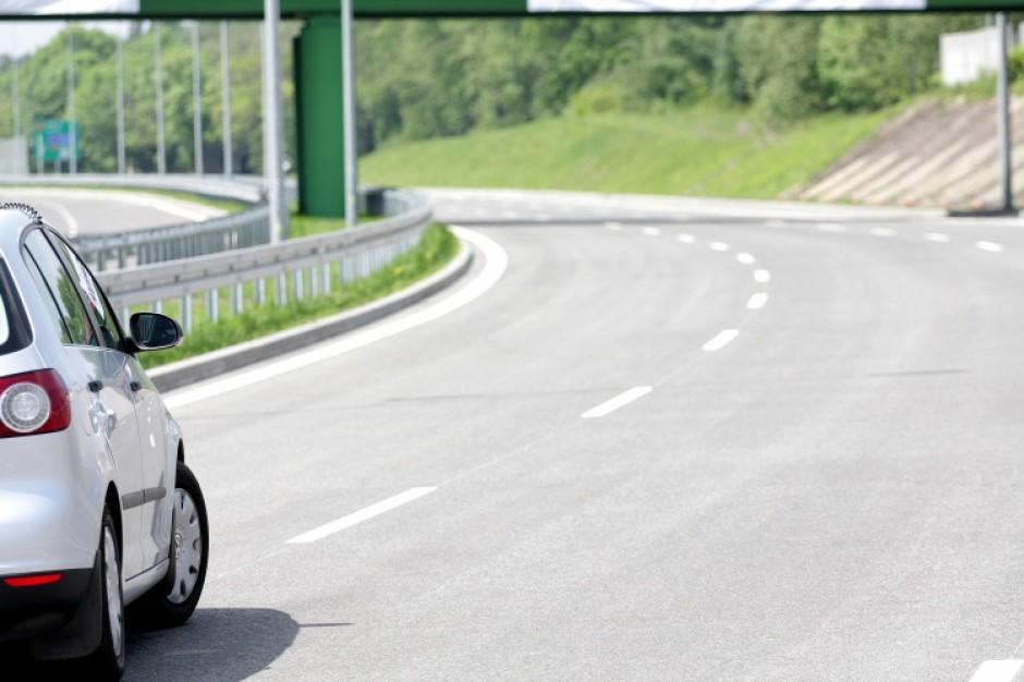 Śląskie: ponad 300 mln zł na budowę 17 km dróg