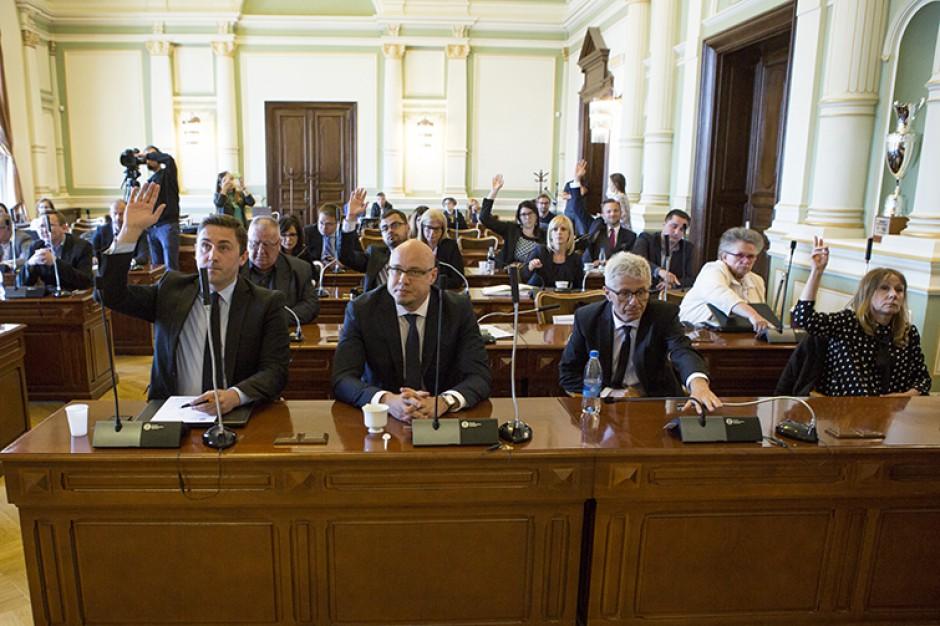 Gdańscy radni ponownie przyjęli program dofinansowania in vitro