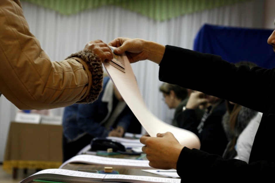 PKW. Jak będziemy głosować: Płachy i karty w jednych wyborach