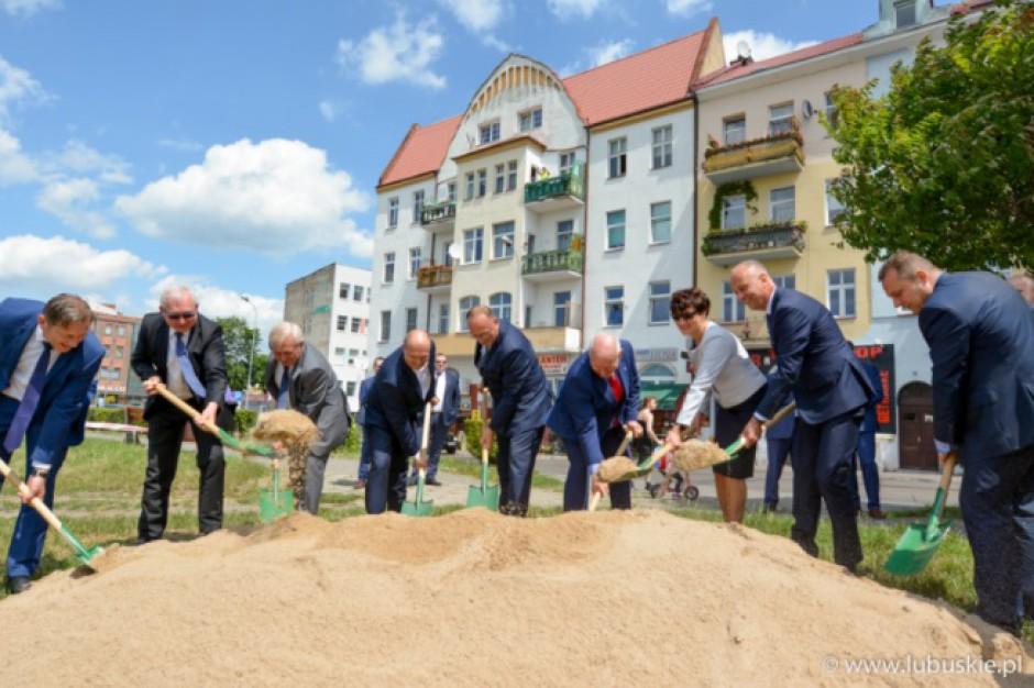 Lubuskie: Umowa na budowę i modernizację wałów w Słubicach podpisana