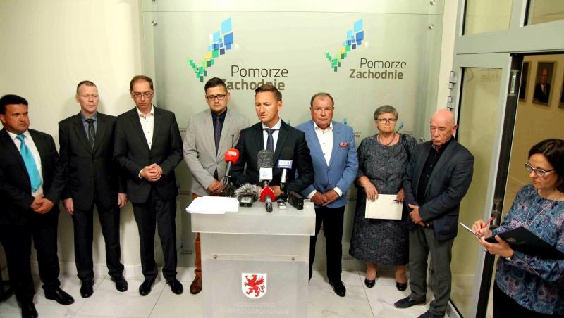 Zdaniem marszałka Geblewicza niezapłaconie nadlimitów jest uderzeniem w sytuację ekonomiczną szpitali (fot.wzp.pl)