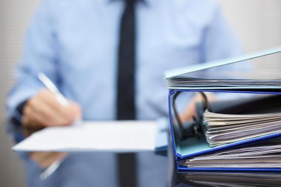 Ministerstwo Cyfryzacji: Skończyła się era papierów w urzędach