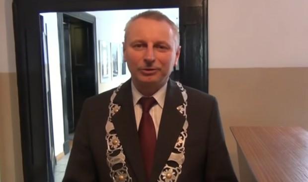 Ryszard Brejza broni sprzeciwu rady miasta wobec łamania prawa w Polsce