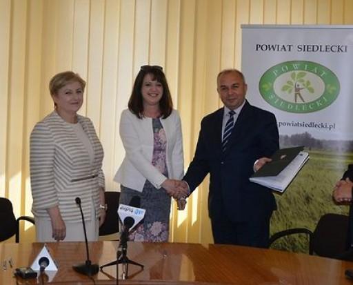 16,5 mln zł z UE na przebudowę dróg w powiecie siedleckim
