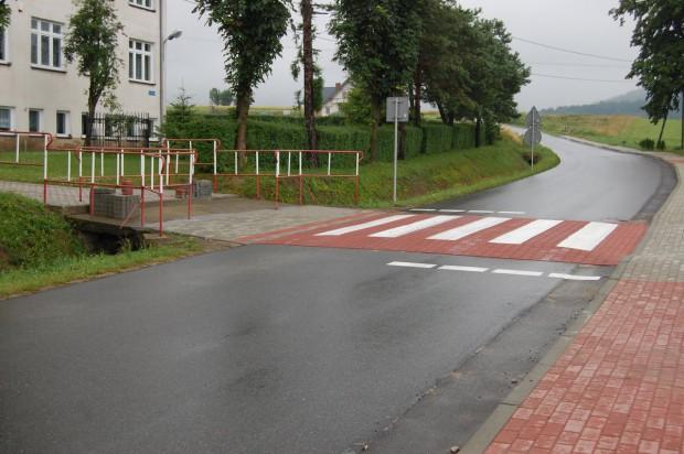 Bezpieczna Droga do Szkoły: Ponad milion zł na oznakowanie niebezpiecznych przejść