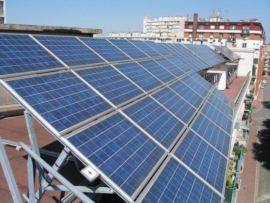 Agencja Bloomberg: energia odnawialna zdominuje rynek w ciągu dwóch dekad