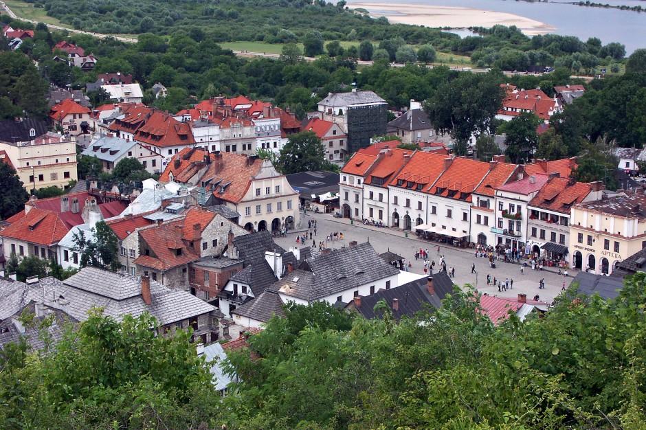 Kazmierz Dolny: 51. Festiwal Kapel i Śpiewaków Ludowych