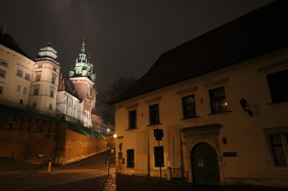 Jednomyślny Kraków. Radni chcą naziemnego metra?