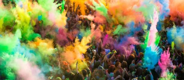 Toruń: Tłumy na Festiwalu Kolorów