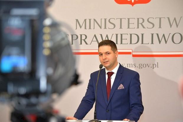 Warszawa, Reprywatyzacja: Komisja ma ponad 100 wniosków o zbadanie przypadków reprywatyzacji