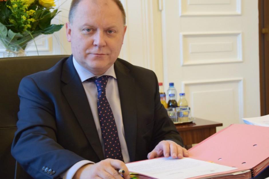 Wygaszenie mandatu prezydenta Radomia: Wojewoda informuje o swoim zamiarze szefa MSWiA
