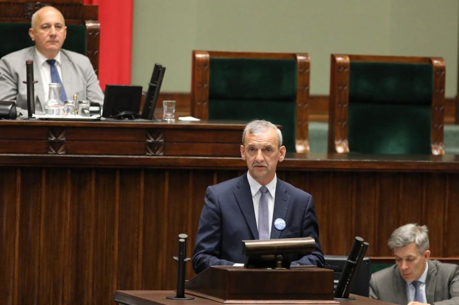 """Sławomir Broniarz zarzuca kłamstwa autorom reformy edukacji. """"Kłamstwo powtarzane sto razy nie staje się prawdą"""""""