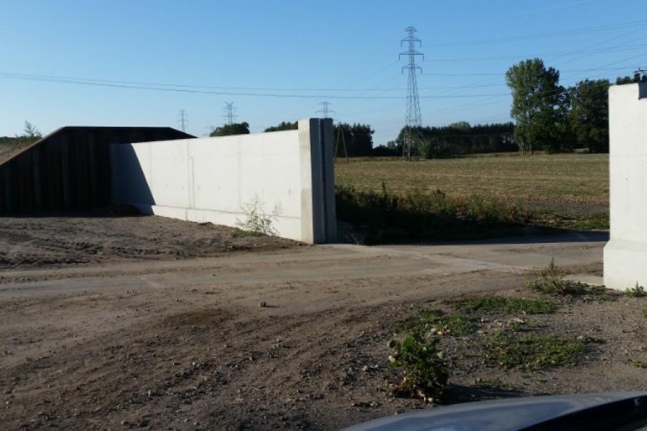 Brzeg: miasto zyskało kolejny odcinek wału przeciwpowodziowego na Odrze