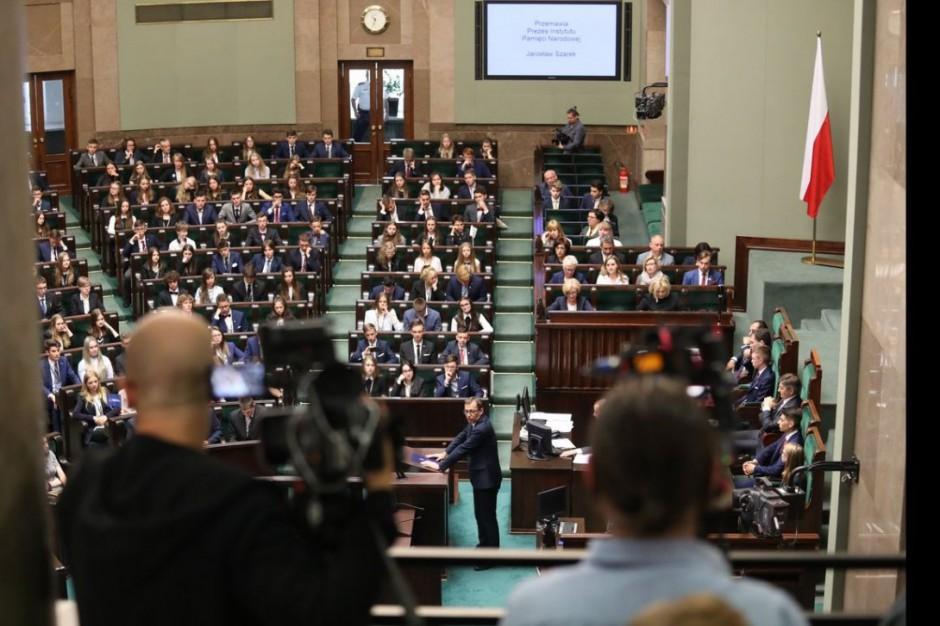 Sejm zdecydował ws. noweli ustawy o pracownikach samorządowych