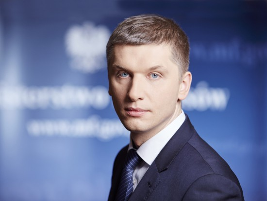 Deficyt budżetowy znacznie mniejszy od prognozowanego. Polska ograniczy emisję obligacji