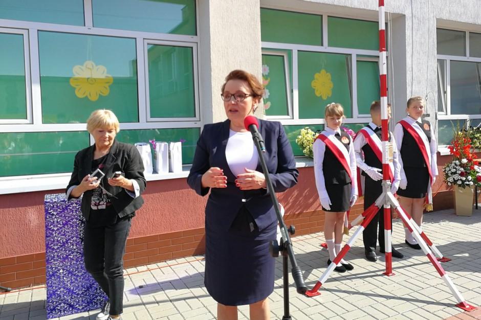 Koniec roku szkolnego, Anna Zalewska: Ogłaszam otwarcie wakacji
