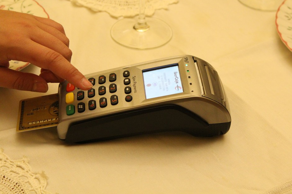 Samorządy chcą terminali płatniczych. Już 518 wniosków o dołączenie do programu e-płatności