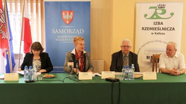 Wielkopolskie: Pierwsze województwo tworzy centra aktywizacji zawodowej