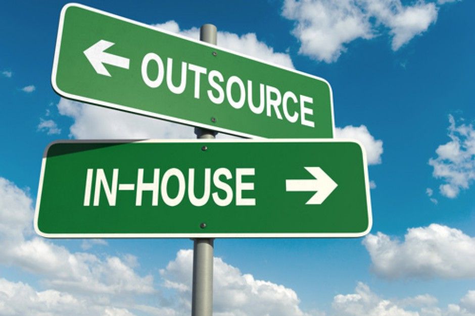 In-house w praktyce kuleje. Ekspert podpowiada samorządom jak uniknąć błędów