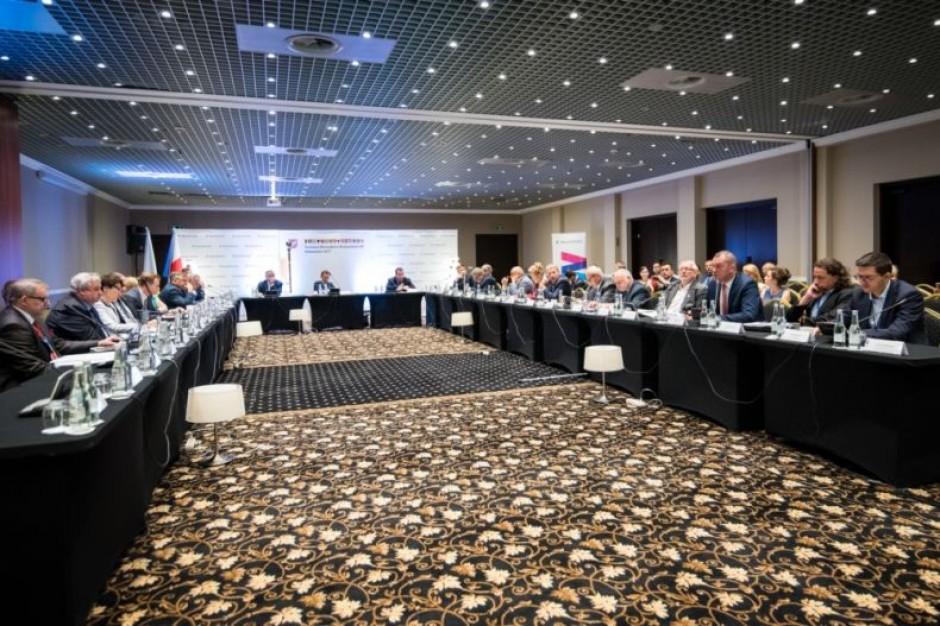Marszałkowie wytykają problemy opieki psychiatrycznej w Polsce