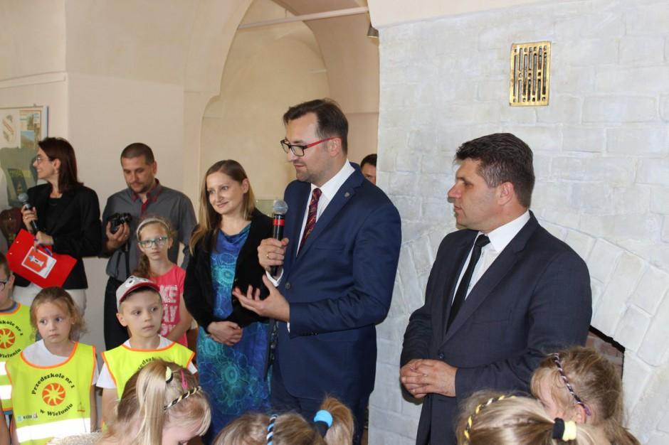 Sławomir Mazurek: nowe zasady segregacji odpadów porządkują system